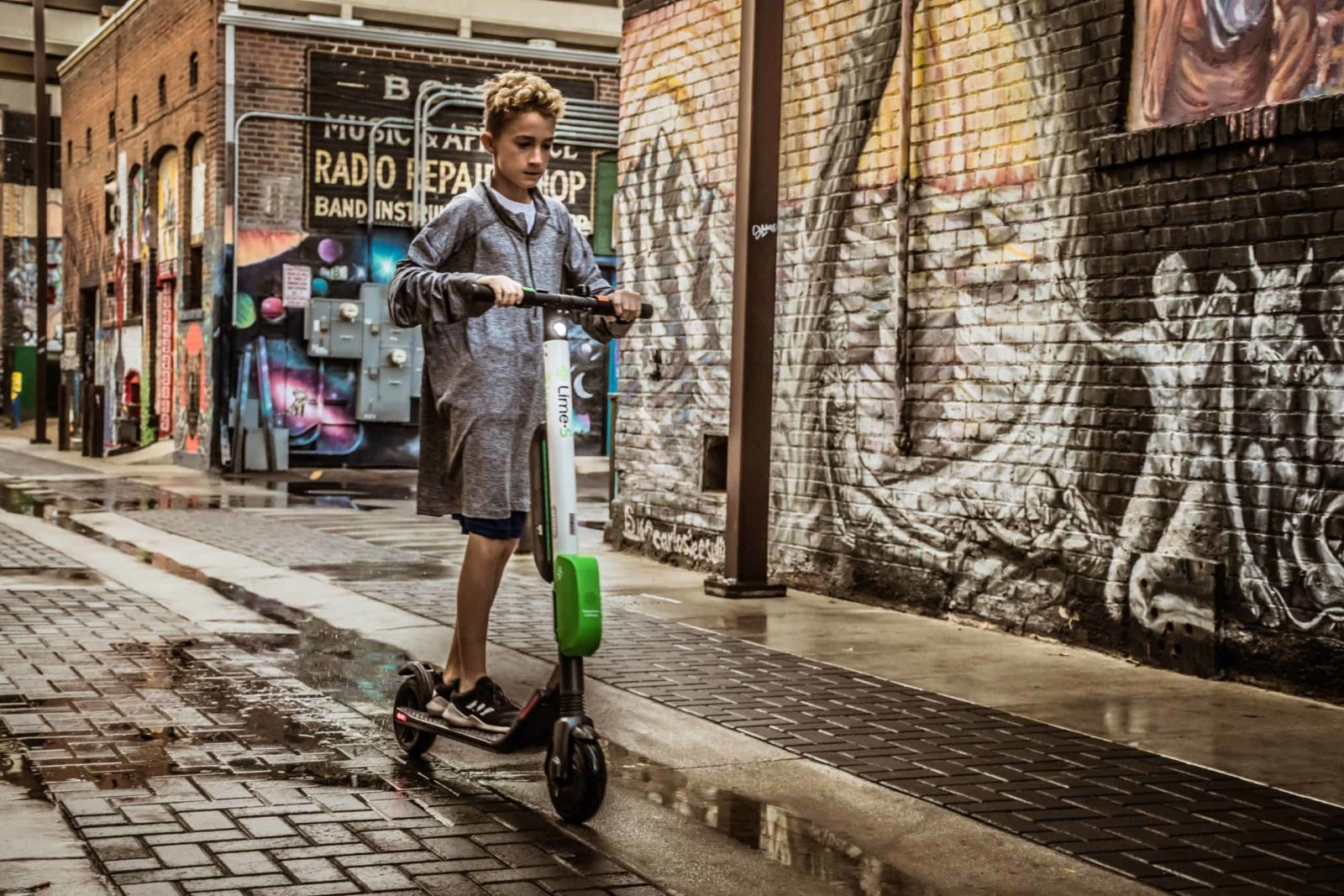 e-scooter rental app benefitting people
