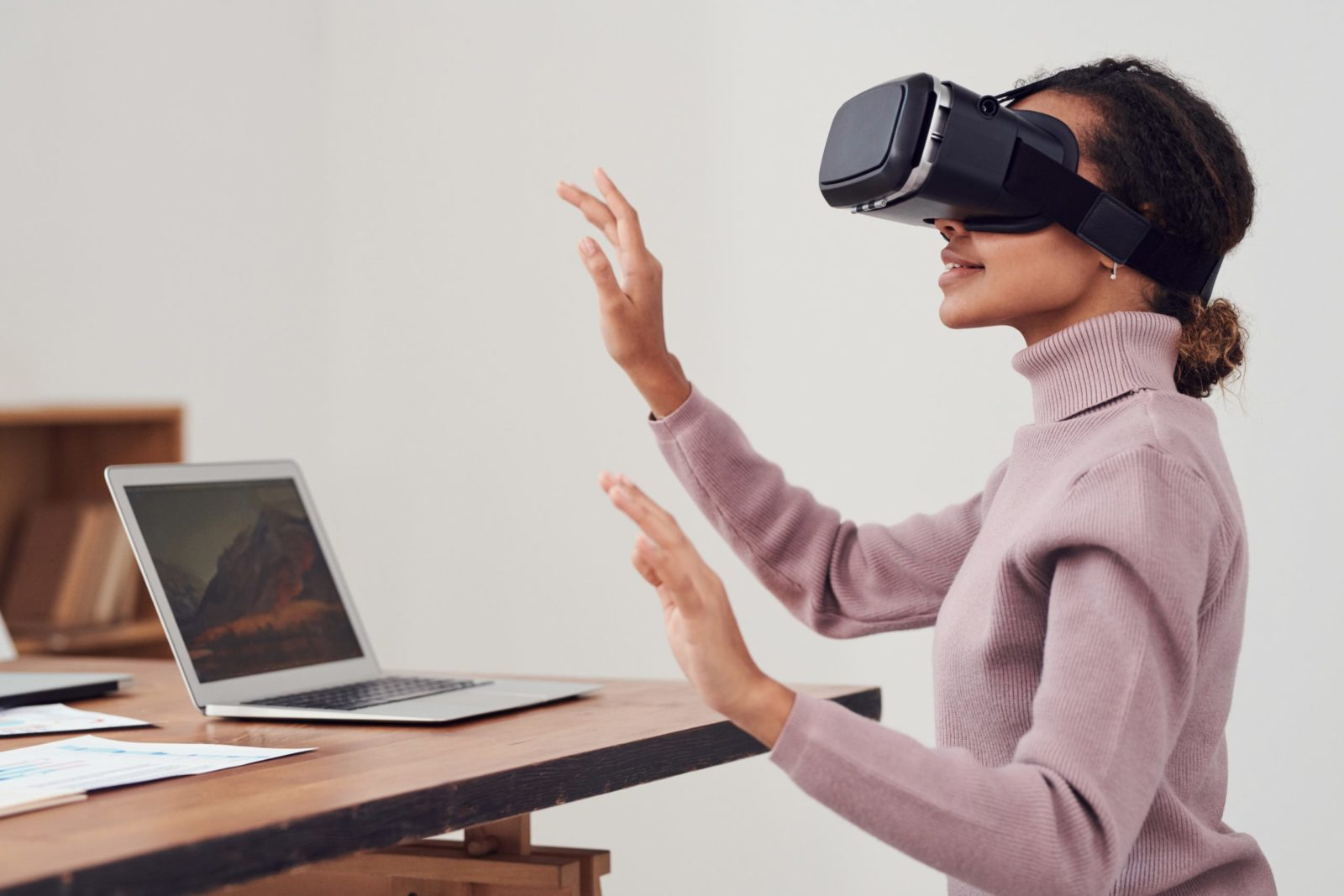 The person enjoying an event from her home using VR technology