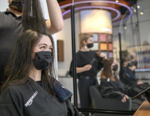 Amazon hair saloon